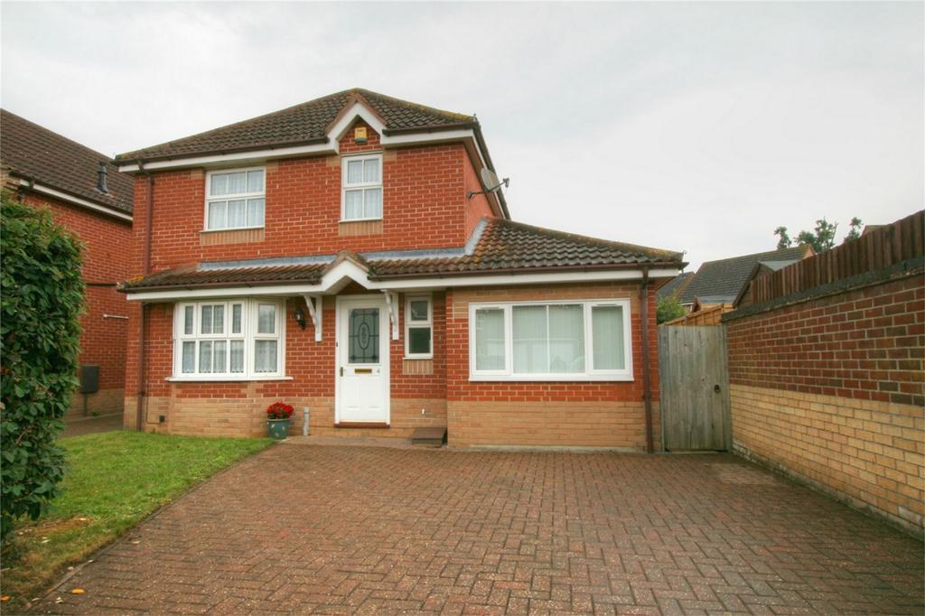 4 Bedrooms Detached House for sale in Celandine Road, NR17 1XT, Attleborough, Norfolk
