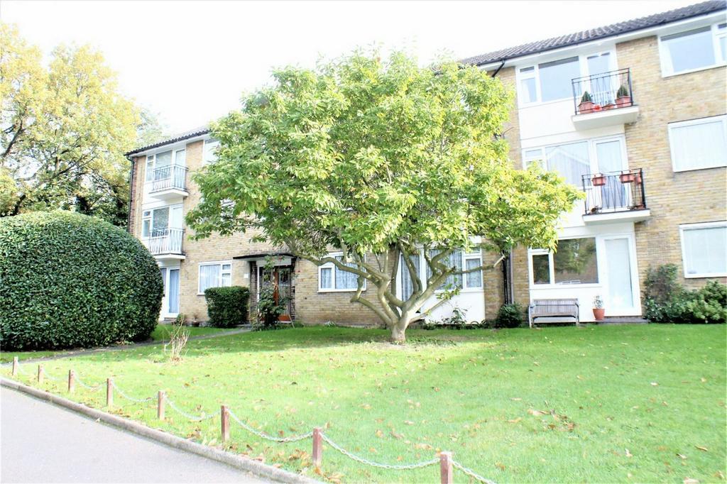 2 Bedrooms Flat for sale in Embassy Gardens, Blakeney Road, Beckenham