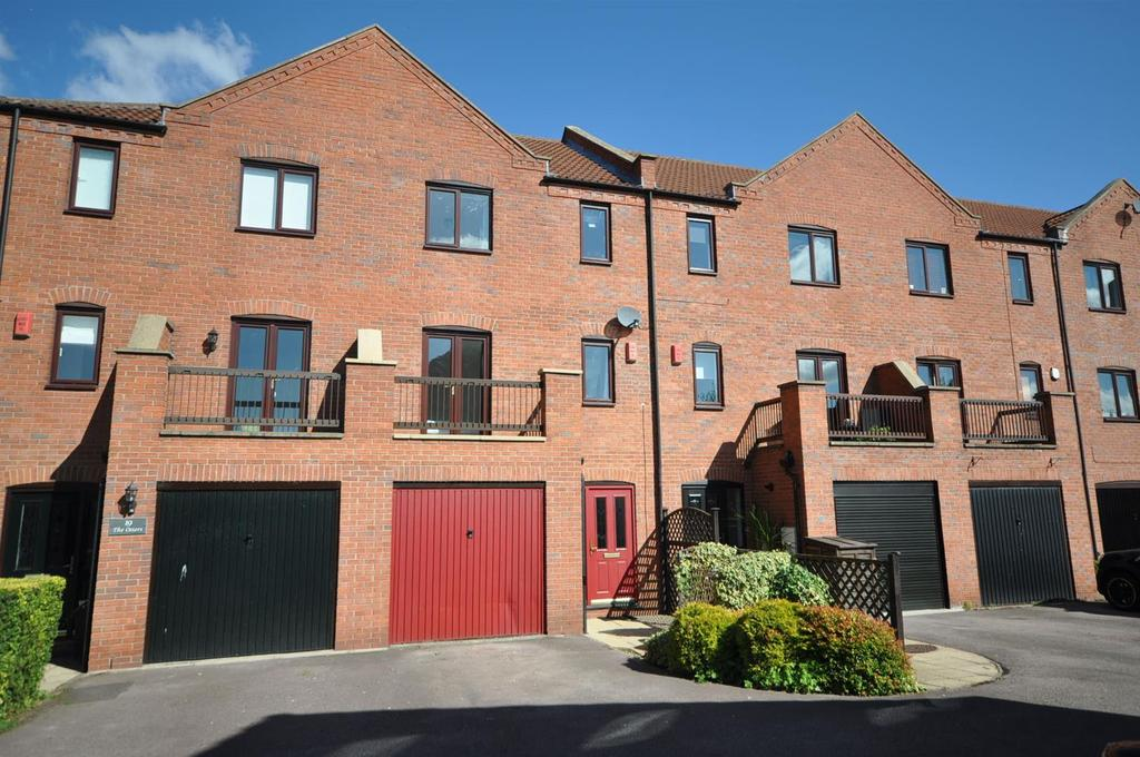 4 Bedrooms Terraced House for sale in The Osiers, Newark