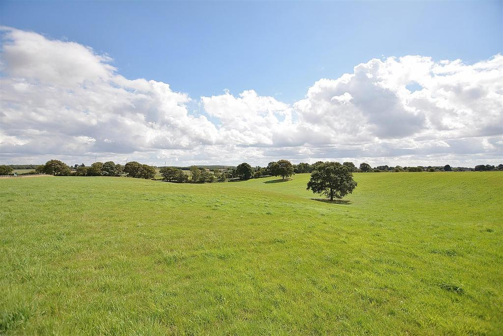 Farm Land Commercial for sale in Land to South Side of Deerdale Lane, Bilsthorpe