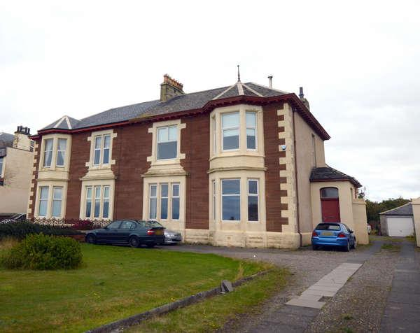 3 Bedrooms Villa House for sale in 22 South Crescent Road, Ardrossan, KA22 8EA