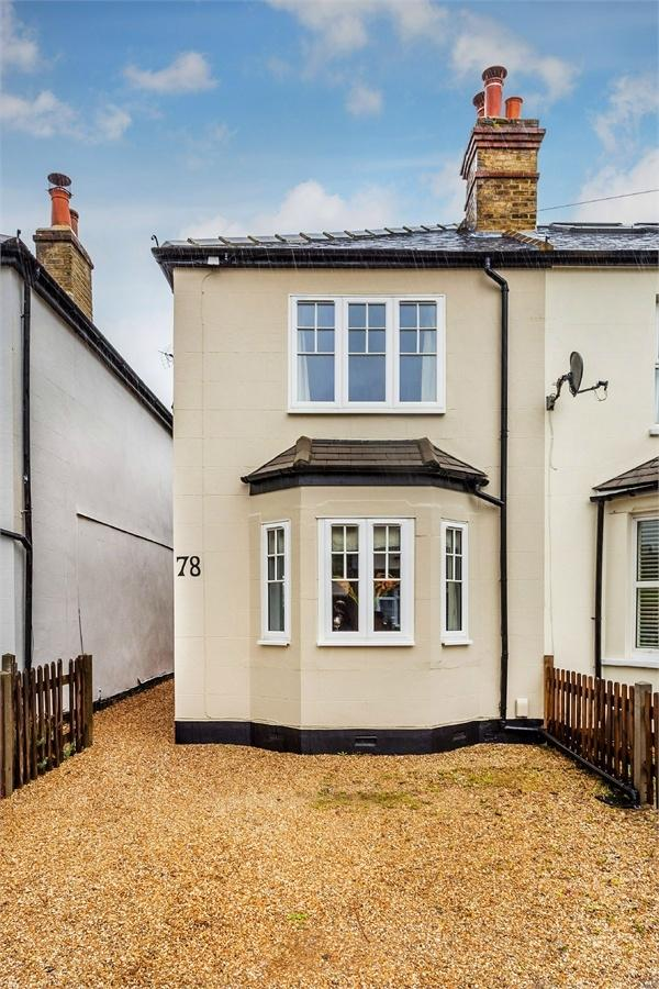 3 Bedrooms Semi Detached House for sale in Russell Road, WALTON-ON-THAMES, Surrey