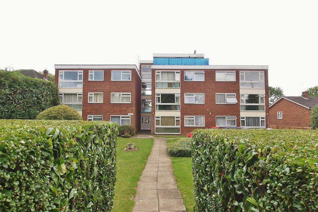 1 Bedroom Flat for sale in Pentlands, 58 Foxgrove Road, Beckenham