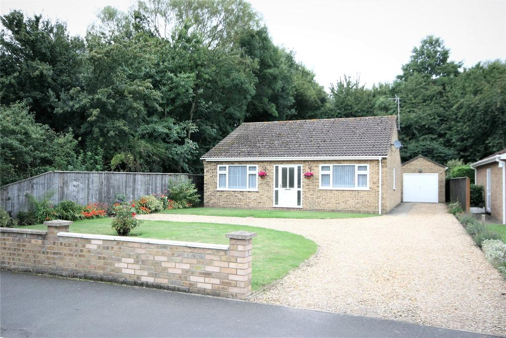 3 Bedrooms Detached Bungalow for sale in Boston Road South, Holbeach, PE12