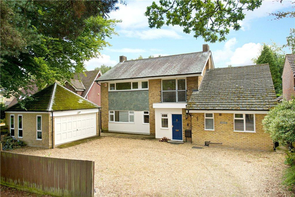 4 Bedrooms Detached House for sale in Heath Lane, Aspley Heath, Woburn Sands, Bedfordshire