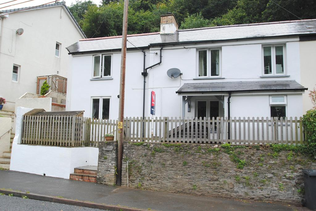4 Bedrooms Semi Detached House for sale in Higher Slade Road, Ilfracombe