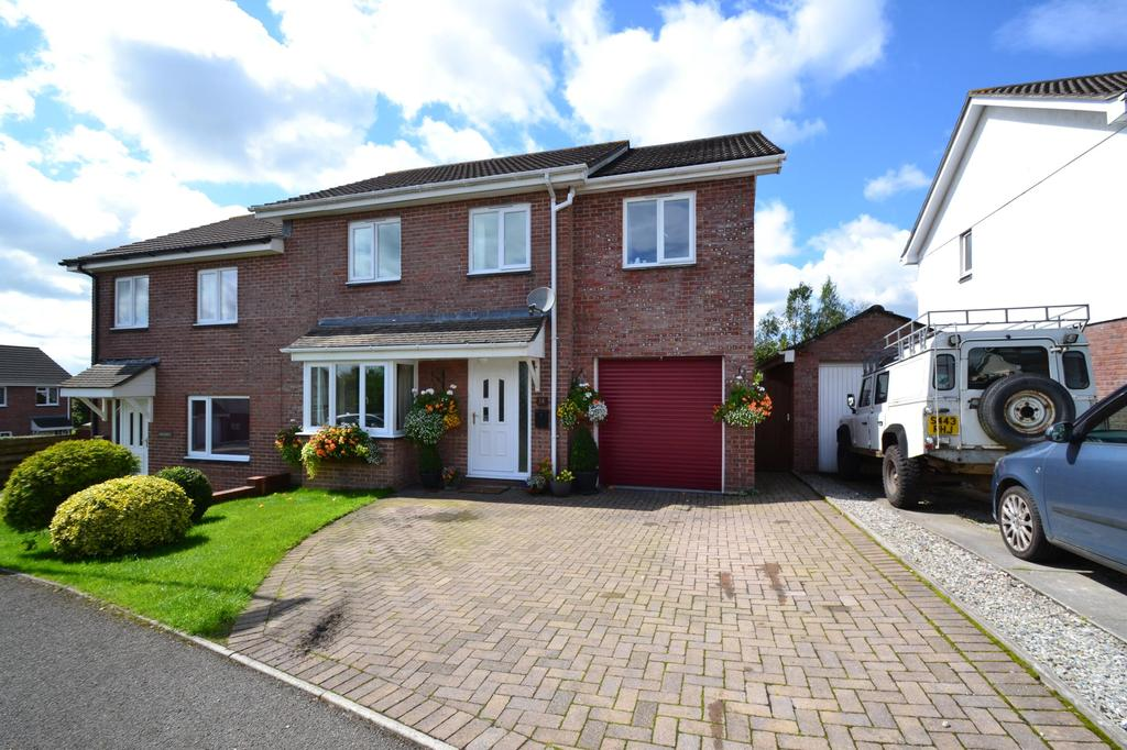 4 Bedrooms Semi Detached House for sale in Rosedale Gardens, Bodmin