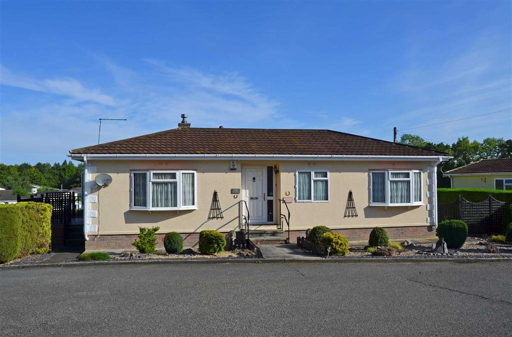 2 Bedrooms Park Home Mobile Home for sale in Oak Avenue, Blisworth