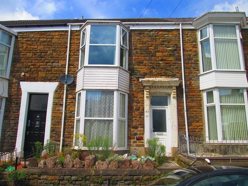 3 Bedrooms Terraced House for sale in Cromwell Street, Swansea, City And County of Swansea.