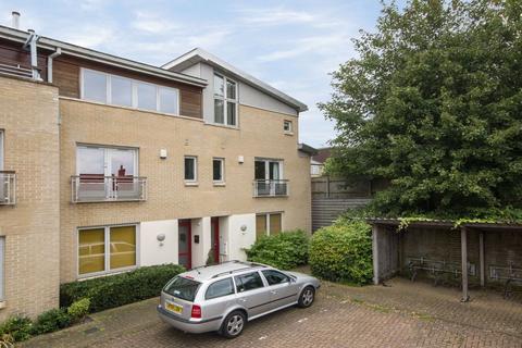 5 bedroom terraced house to rent - Beche Court, Beche Road, Cambridge