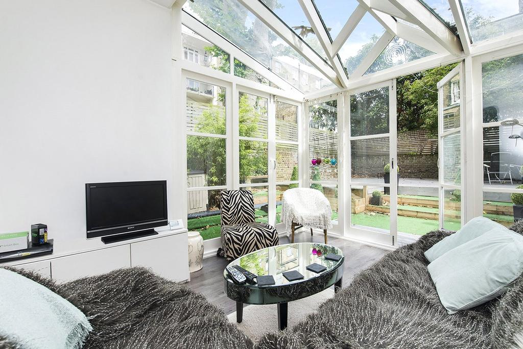 3 Bedrooms Flat for sale in Leamington Road Villas, Notting Hill, London