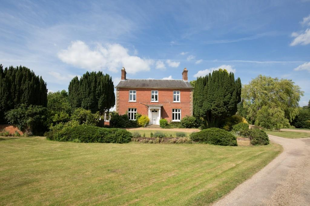6 Bedrooms Farm House Character Property for sale in Billingford Road, North Elmham, Norfolk