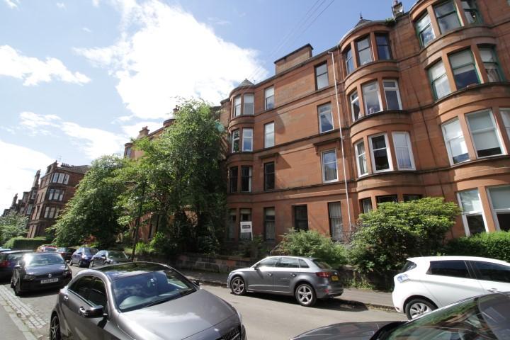 2 Bedrooms Flat for sale in 11 Melrose Gardens, North Kelvinside, G20 6RB