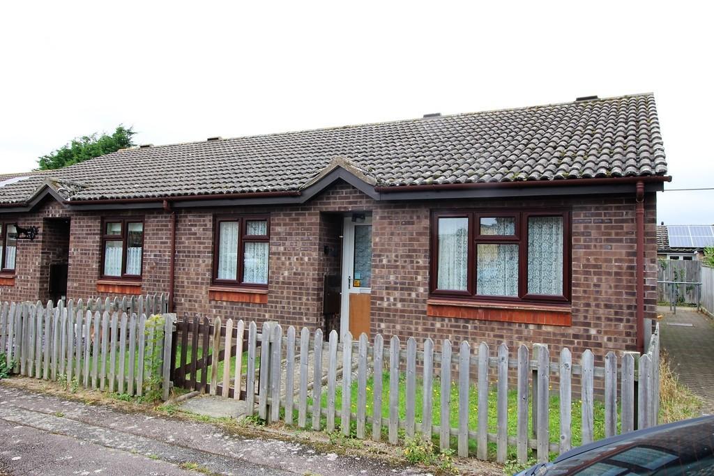 2 Bedrooms Terraced Bungalow for sale in Willingham, Cambridge