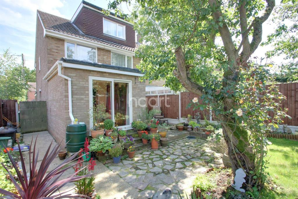 4 Bedrooms Semi Detached House for sale in Notley road, Braintree