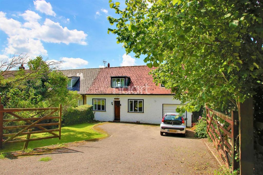 3 Bedrooms Semi Detached House for sale in Detling, ME14