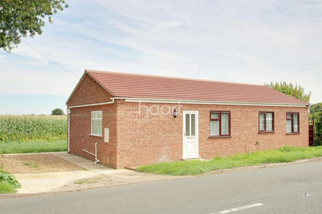 2 Bedrooms Bungalow for sale in High Road, Guyhirn