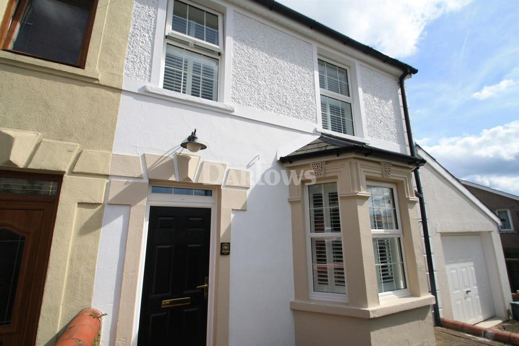 3 Bedrooms End Of Terrace House for sale in Harcourt Road, Brynmawr, Gwent