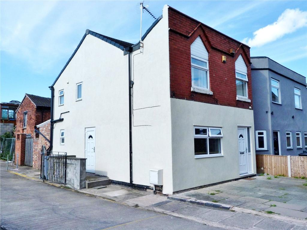 4 Bedrooms End Of Terrace House for sale in West Street, Crewe, Cheshire, CW1