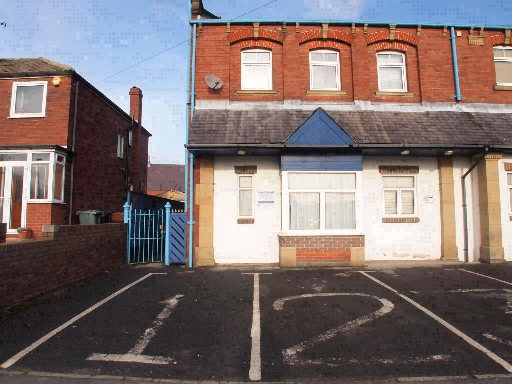 2 Bedrooms Apartment Flat for sale in Lingwell Park Court, North Lingwell Road, Leeds