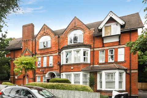 3 bedroom flat for sale - The Gables, 2 Pine Tree Glen, Bournemouth, Dorset, BH4