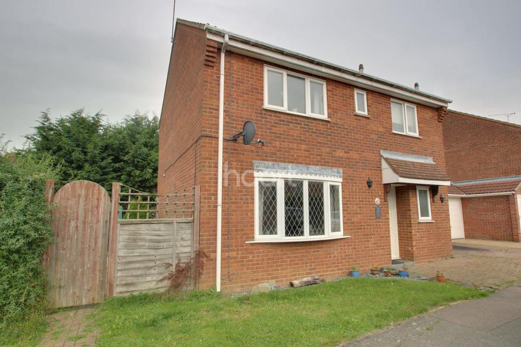 4 Bedrooms Detached House for sale in Lowry Way