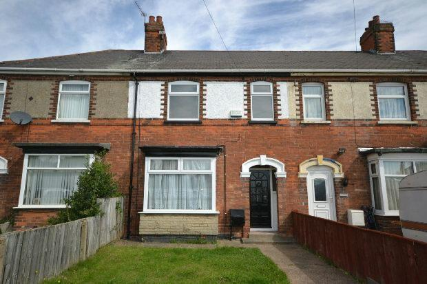 3 Bedrooms Terraced House for sale in Laceby Road, Grimsby