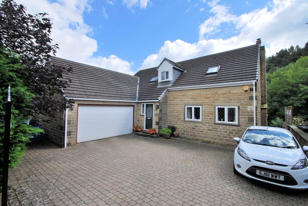 4 Bedrooms Detached House for sale in Old Mill Lane, Thurgoland, Sheffield