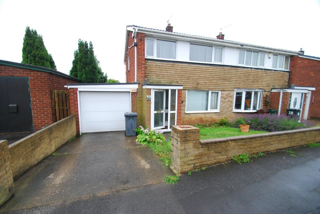 3 Bedrooms Semi Detached House for sale in Burton Bank Road, Barnsley S71