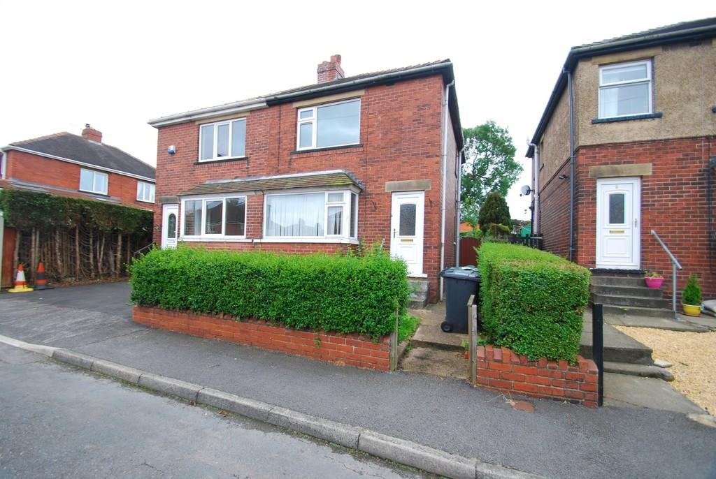 2 Bedrooms Semi Detached House for sale in Westgate, Penistone, Sheffield S36 6EU