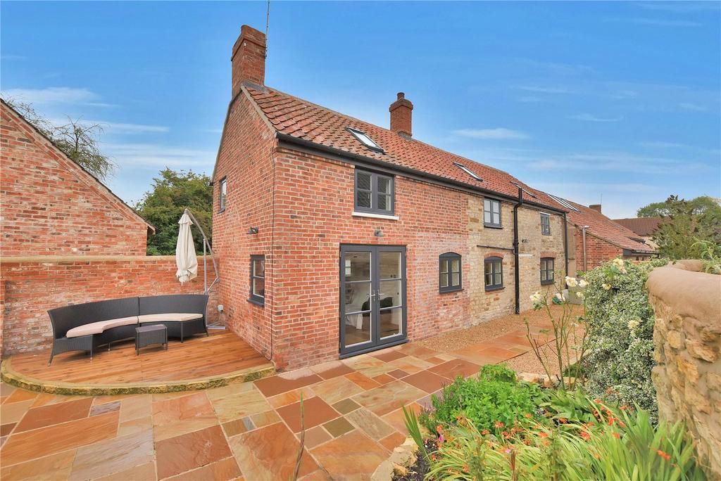 3 Bedrooms Unique Property for sale in Main Street, Saltby, Melton Mowbray