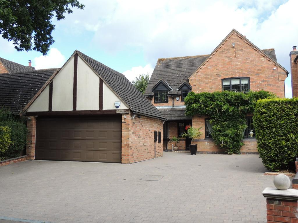 4 Bedrooms Detached House for sale in Wharf Lane, Lapworth, Solihull