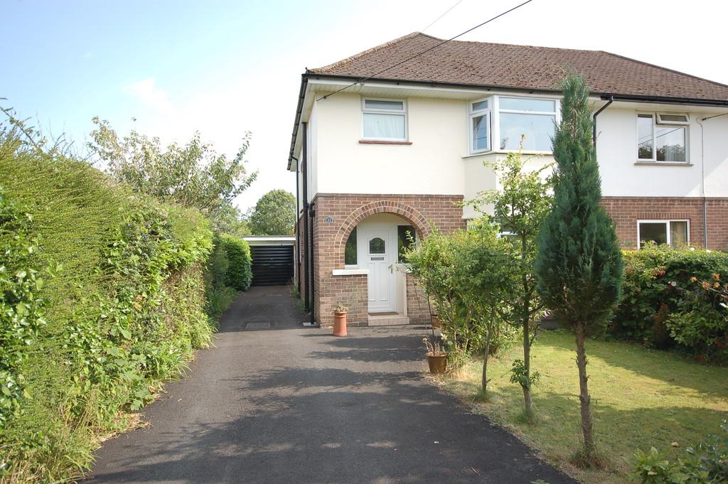 3 Bedrooms Semi Detached House for sale in Avenue Road, New Milton