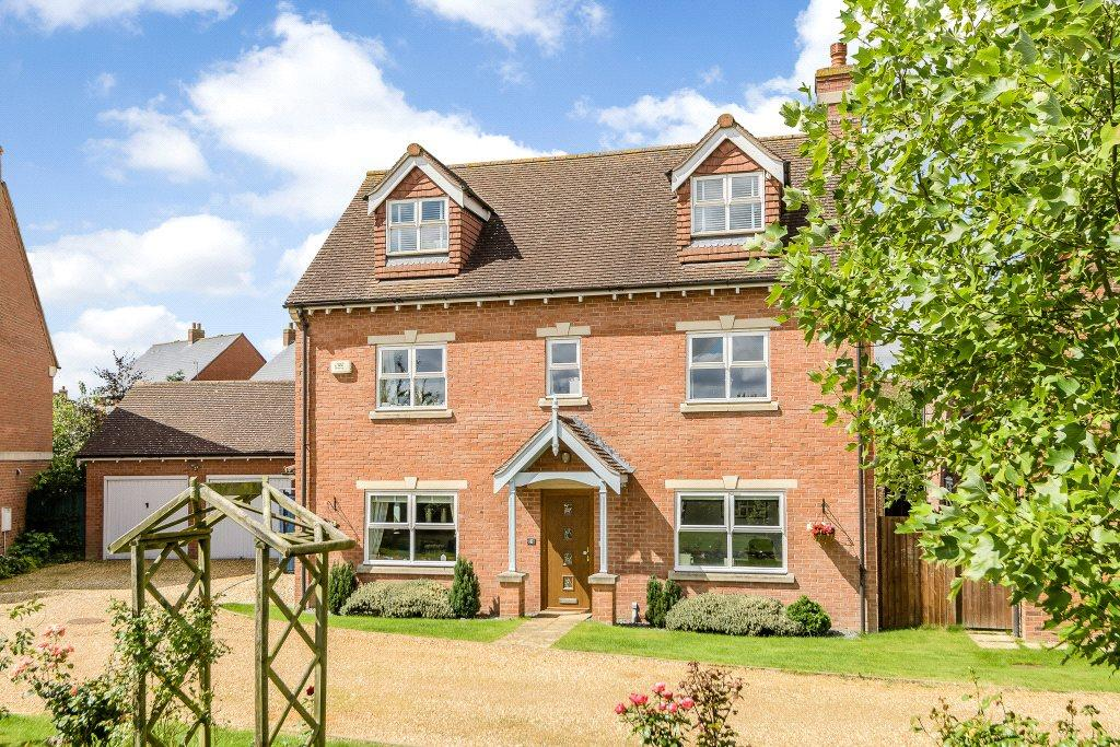 4 Bedrooms Detached House for sale in Loddington Way, Mawsley, Kettering, Northamptonshire, NN14