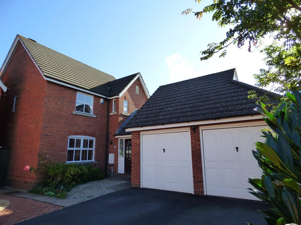 4 Bedrooms Detached House for sale in Little Pittern, Kineton