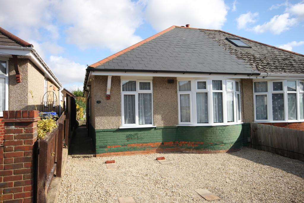 2 Bedrooms Semi Detached Bungalow for sale in QUEEN MARY ROAD, SALISBURY, WILTSHIRE, SP2 9LD