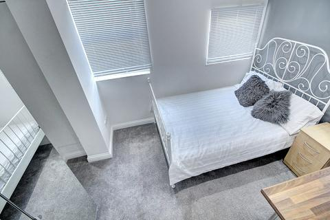 2 bedroom ground floor flat to rent - Flat 2, 29 Binley Road, Stoke, Coventry CV3 1JE