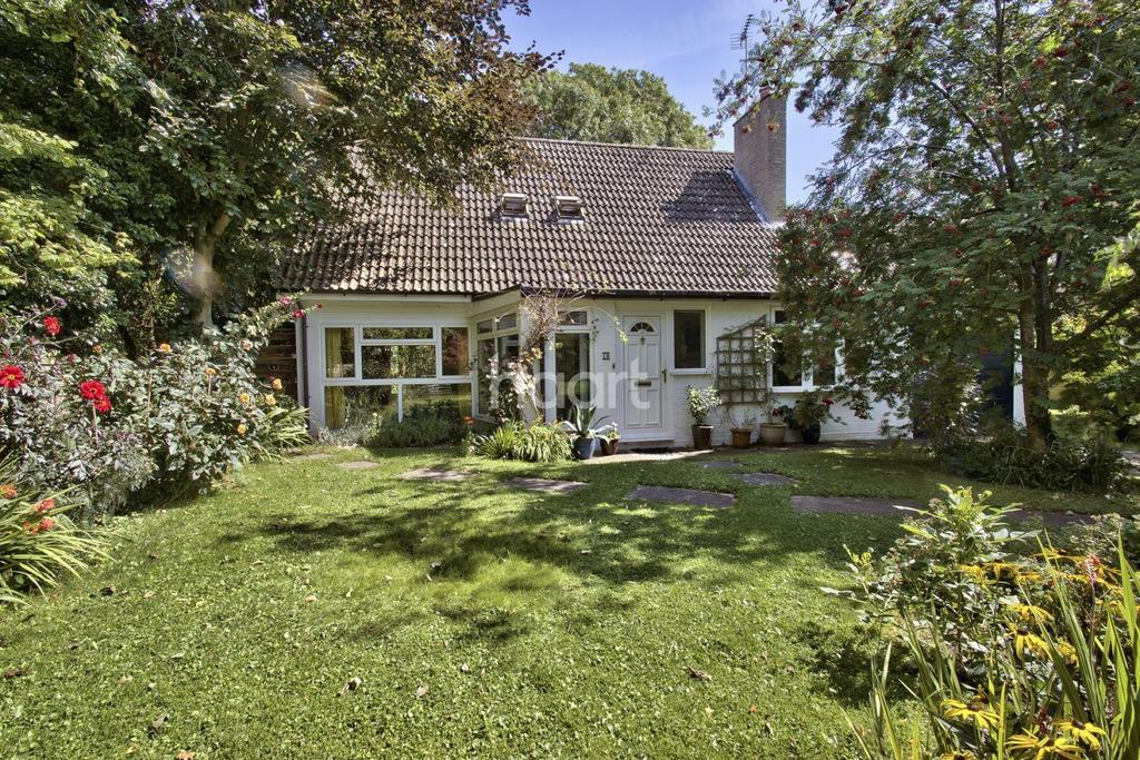 4 Bedrooms Detached House for sale in Old Mill Close, Barrington, Cambridgeshire