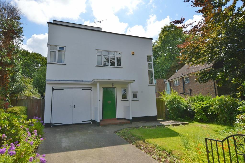 4 Bedrooms Detached House for sale in Kings Orchard, Eltham SE9