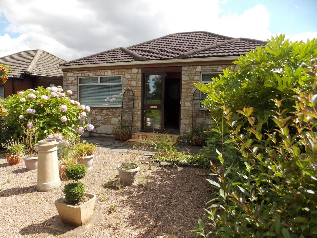 2 Bedrooms Detached Bungalow for sale in Thorne Road, Wheatley Hills