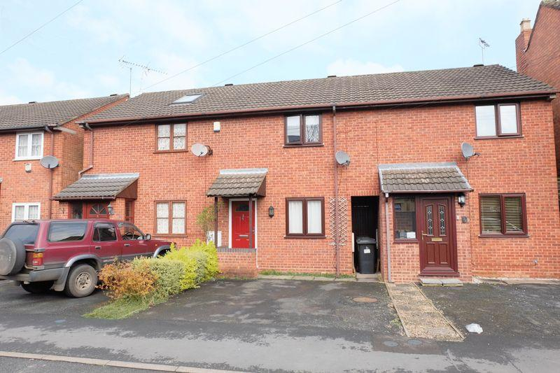 2 Bedrooms Terraced House for sale in Manor Road, Stourport DY13 9DN