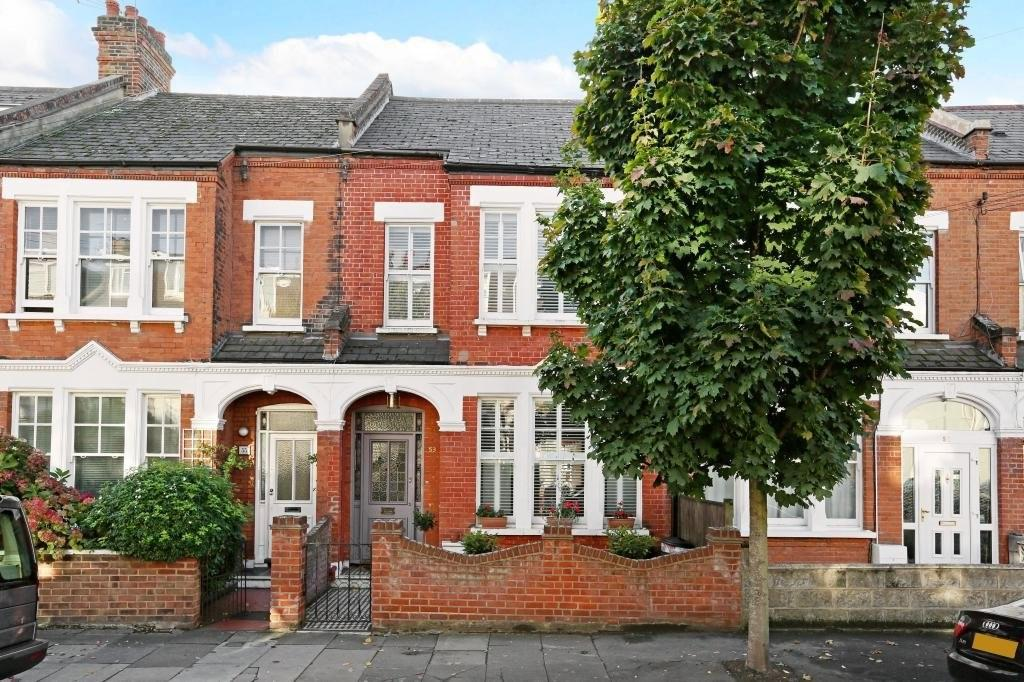 4 Bedrooms Terraced House for sale in Ravenslea Road, London