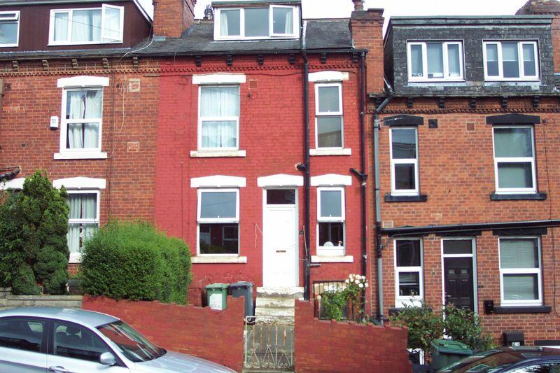 2 Bedrooms Terraced House for sale in Sowood Street, Leeds