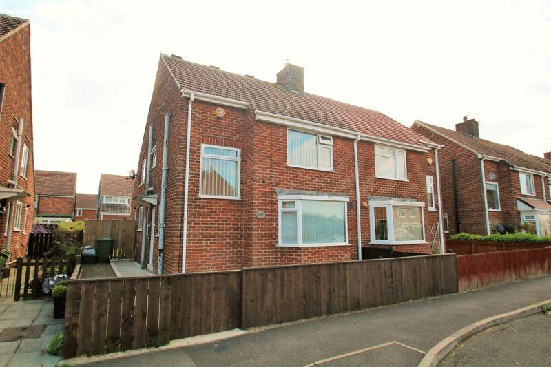 4 Bedrooms Semi Detached House for sale in Oak Road, Eaglescliffe TS16 0AT