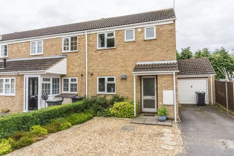3 bedroom end of terrace house to rent - Flitwick