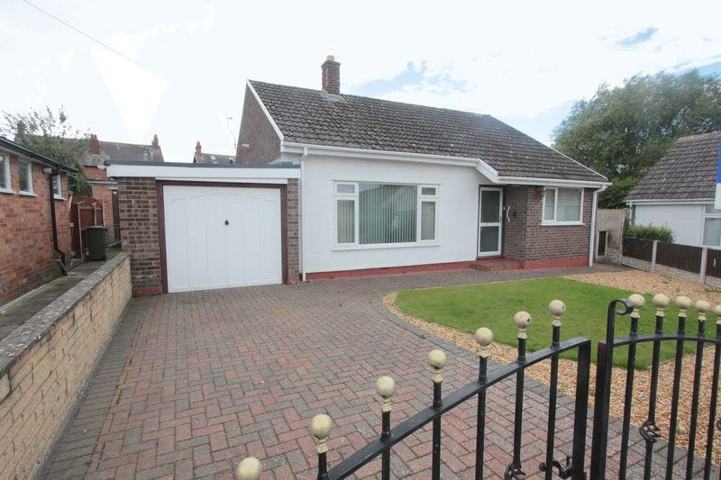 3 Bedrooms Detached Bungalow for sale in Abbey Court, Denbigh