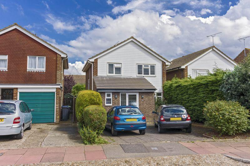 4 Bedrooms Detached House for sale in Tavy Road, Worthing