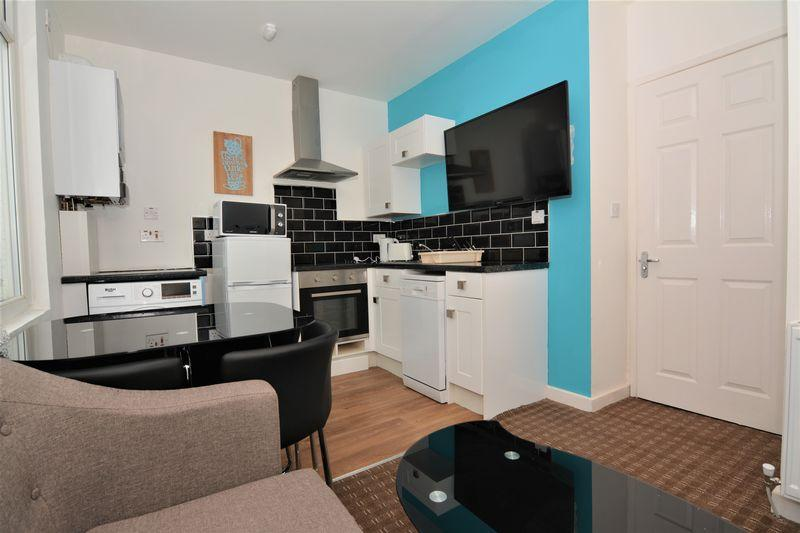 4 Bedrooms Terraced House for sale in Union Street, Middlesbrough
