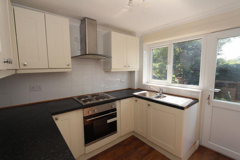 3 Bedrooms Terraced House for sale in The Limes, Peterborough