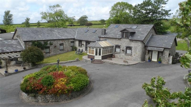 6 Bedrooms Detached House for sale in The Coach House with 12 acres, St Mary Hill, Vale of Glamorgan, CF35 5DT